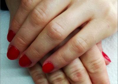 manicure-tytanowy---czerwien-2