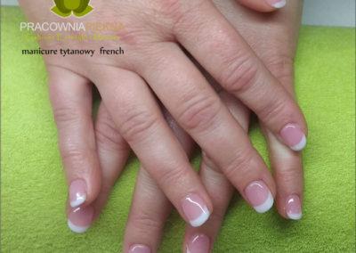 manicure-tytanowy-french.